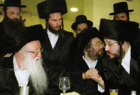 "r-l. The Rebbe, shlit""a; his brother, the Biala Rav of Bnei Brak, shlit""a; his uncle, the Biala Rebbe of Ramat Aharon"